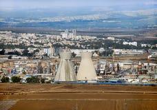 Israeliskt oljeraffinaderi i Haifa Royaltyfri Foto