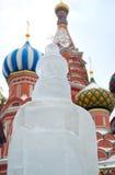 Isskulpturutställningen på det rött kvadrerar Royaltyfria Bilder