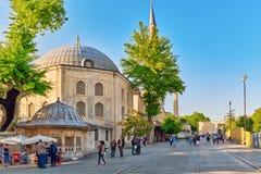 ISTAMBUL TURKEY-MAY 07, 2016: Stads- sikt för härligt landskap, ci Arkivbilder