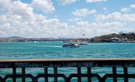 Istambul Turkije - cityscape mening van de Galata-brug Stock Afbeelding