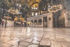 ISTAMBUL, TURQUIA - 13 DE DEZEMBRO DE 2015: O Hagia Sophia Imagens de Stock