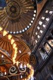 Istambul, Turquia - 27 de julho de 2015: Interior do museu de Ayasofya Imagens de Stock