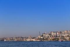 Istambul, Turquia - 23 de outubro de 2017: Passo de Bosphorus, Istambul, Turquia Fotografia de Stock