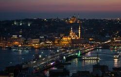 Istanboel bij zonsondergang Stock Afbeelding
