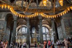 ISTANBOEL - 10 JULI 2015: binnen de basiliek van Hagia Sophia Royalty-vrije Stock Afbeeldingen