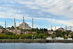Istanboel - moskee en bosphorus Stock Afbeeldingen