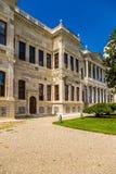 Istanboel, Turkije Één van de gebouwen van het paleis van de Ottomanesultannen Barokke Dolmabahce Stock Foto