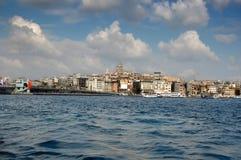 ISTANBOEL, TURKIJE - 11 04, 2011: De meeste populaire plaatsen op Bosphorus Stock Foto's