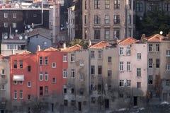 ISTANBOEL, TURKIJE - de Oude Verlaten Bouw van September 2014 in de Stedelijke Regeneratie van het Stadscentrum stock afbeeldingen