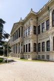 Istanboel, Turkije De Voorgevel van het Dolmabahcepaleis Royalty-vrije Stock Foto