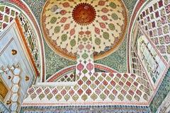 ISTANBUŁ, LISTOPAD - 5: Wnętrze harem - Murat III wtajemniczona sala w Topkapi pałac na Listopadzie 5, 2014 w Istanbuł Obrazy Stock