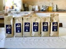 Istanbuł Turcja, Czerwiec, - 07, 2017: Tchibo kawa w pakunku przy kuchnią Obrazy Stock