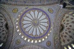 ISTANBUŁ TURCJA, MARZEC, - 24, 2012: Kopuła Sultanahmet meczet Zdjęcie Stock