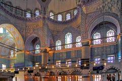 ISTANBUŁ TURCJA, MARZEC, - 24, 2012: Wnętrze Sultanahmet meczet Zdjęcie Royalty Free