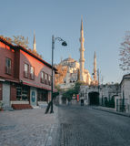 Istanbuł, Turcja Sułtan Ahmet Camii wymieniał Błękitny Meczet turecki islamski punkt zwrotny z sześć minaretami, główny przyciąga Zdjęcie Stock
