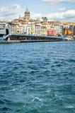 Istanbu? Bosphorus Galata wierza i Galata most fotografia royalty free