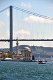 Istanbul-Brücke Stockfotografie