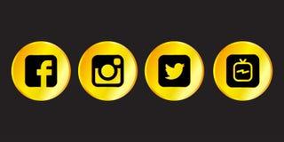 Istanbul, die Türkei - 30. August 2018: Sammlung goldene populäre Social Media-Logos druckte auf schwarzem Hintergrund: Facebook, lizenzfreie abbildung