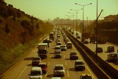 Istanbul, die Türkei - 10. November 2009: Stau auf der Autobahn Lizenzfreie Stockfotos