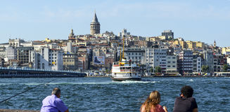 Istanbul Galata torn och Cityscape Arkivfoton
