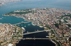 Istanbul gammal stad och guld- horn, flyg- sikt Fotografering för Bildbyråer
