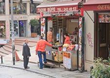 istanbul gata kalkon Arkivbilder