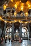 ISTANBUL - 10 JULI 2015: inom basilikan av Hagia Sophia Royaltyfri Bild