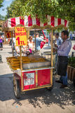 ISTANBUL - JULY 4: Seller boiled corn on the streets of Istanbul Royalty Free Stock Images