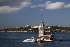 istanbul jungfru- s tornkalkon Arkivfoto