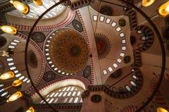 Istanbul kalkonnovember 2018 kupol av moskén som planläggs av quizleten - gravvalv av det storartat arkivbilder