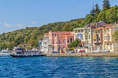 Istanbul kust- Sariyer Royaltyfri Foto