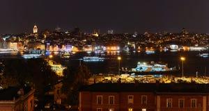 Istanbul nachts stockfotografie