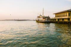 Istanbul port Arkivfoto