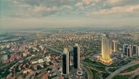 Istanbul-Stadtansicht von der Istanbul-Saphirwolkenkratzerunterlassung Lizenzfreies Stockbild