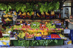 ISTANBUL, TURKEY, AUGUST 24, 2015: Fruits shop,marketplace. Stock Photos