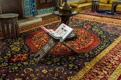 Istanbul Turkiet - Juin 17, 2016: Inre detalj från den Hunkar paviljongen Royaltyfria Bilder