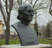 Istanbul Turkiet - kvinnas head skulptur Arkivfoto