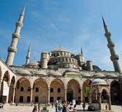 ISTANBUL TURKIET MAY 1: Suleiman Mosque (turk: Suleymaniye Royaltyfria Foton