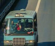 Istanbul Turkiet - November 10, 2009: Gebze - haremminibuss på E Fotografering för Bildbyråer