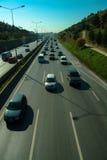 Istanbul Turkiet - November 10, 2009: Trafikstockning på huvudvägen Fotografering för Bildbyråer