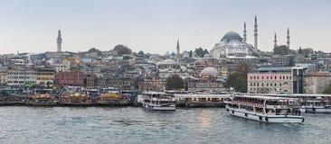 Istanbul vom Wasser Lizenzfreie Stockfotos