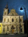 Istantanea di notte della chiesa del polacco del ` s di Zolochiv immagine stock