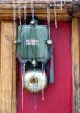 Istappar på den gamla elektriska klockan Royaltyfri Fotografi