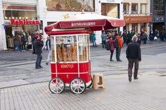 Istiklal街在伊斯坦布尔 免版税库存照片