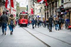 Istiklal gata, Istanbul, Turkiet Fotografering för Bildbyråer