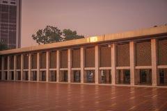 Istiqlal清真寺在最大的穆斯林的雅加达一为祈祷 免版税库存图片