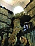 Istituto Nazionale Di Ricerca Metrologica INRIM στην πόλη του Τορίνου, Ιταλία Τέχνη, αρχιτεκτονική, κλιμακοστάσιο και λαμπτήρας στοκ φωτογραφίες