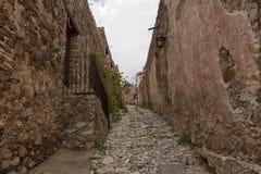 Istna De Catorce Meksyk przesmyka brukowa ulica Fotografia Royalty Free