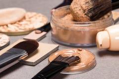 Istotni produkty dla twarzy makeup Zdjęcie Royalty Free