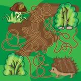 Istrice di aiuto del gioco del labirinto per trovare un modo ai funghi Immagine Stock Libera da Diritti